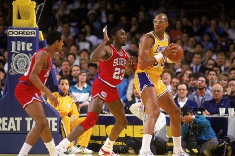 10 Greatest NBA Centers of All Time