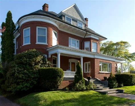 A Beautifully Restored Red Brick Victorian in Maine ...