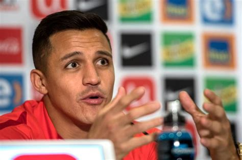 Alexis Sanchez hints at Arsenal exit as Manchester City ...