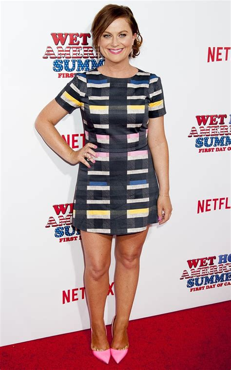 Amy Poehler Squeezes Her Feet into a Pair of Kurt Geiger ...