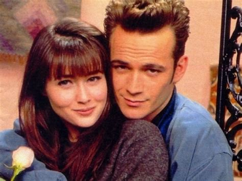 Dylan McKay and Brenda Walsh  Beverly Hills 90210  | 80 s ...