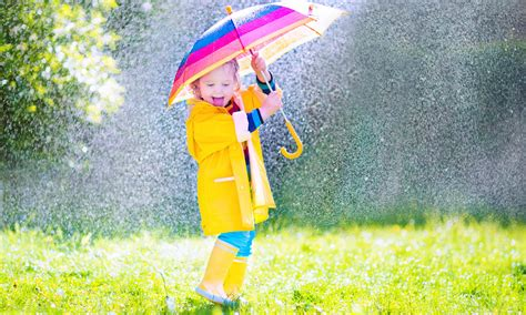 Five things to do with your kids on a rainy day | Families ...