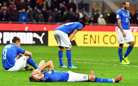 Furious Italy fans demand Antonio Conte return after they ...