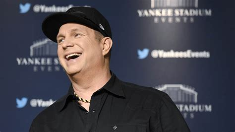 Garth Brooks Signs With WME | Hollywood Reporter