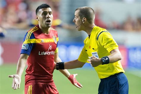 Mark Geiger becomes first American referee to work World ...