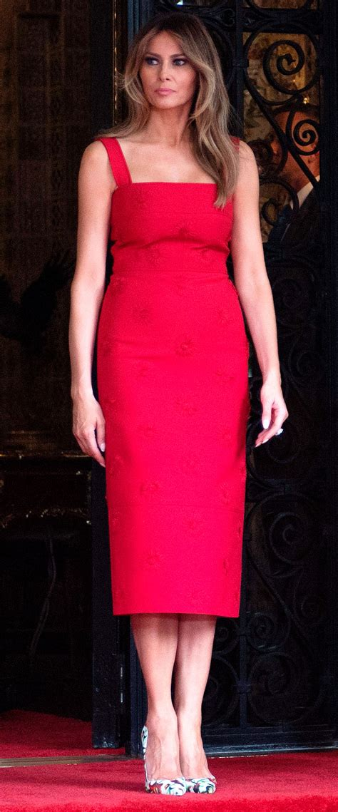 Melania Trump in Red Valentino at Formal Dinner with ...