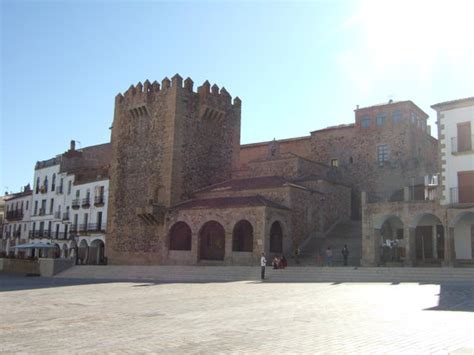 Pension El Cesar   Prices & Inn Reviews  Caceres, Spain ...
