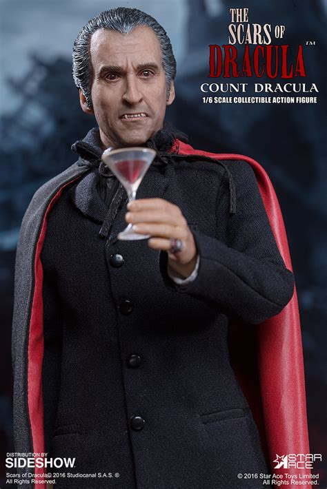 The Scars of Dracula Count Dracula Sixth Scale Figure by ...