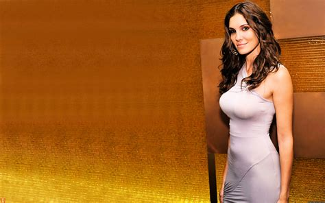 thielycounmu: daniela ruah wallpaper