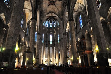 Visiting the Churches of Barcelona